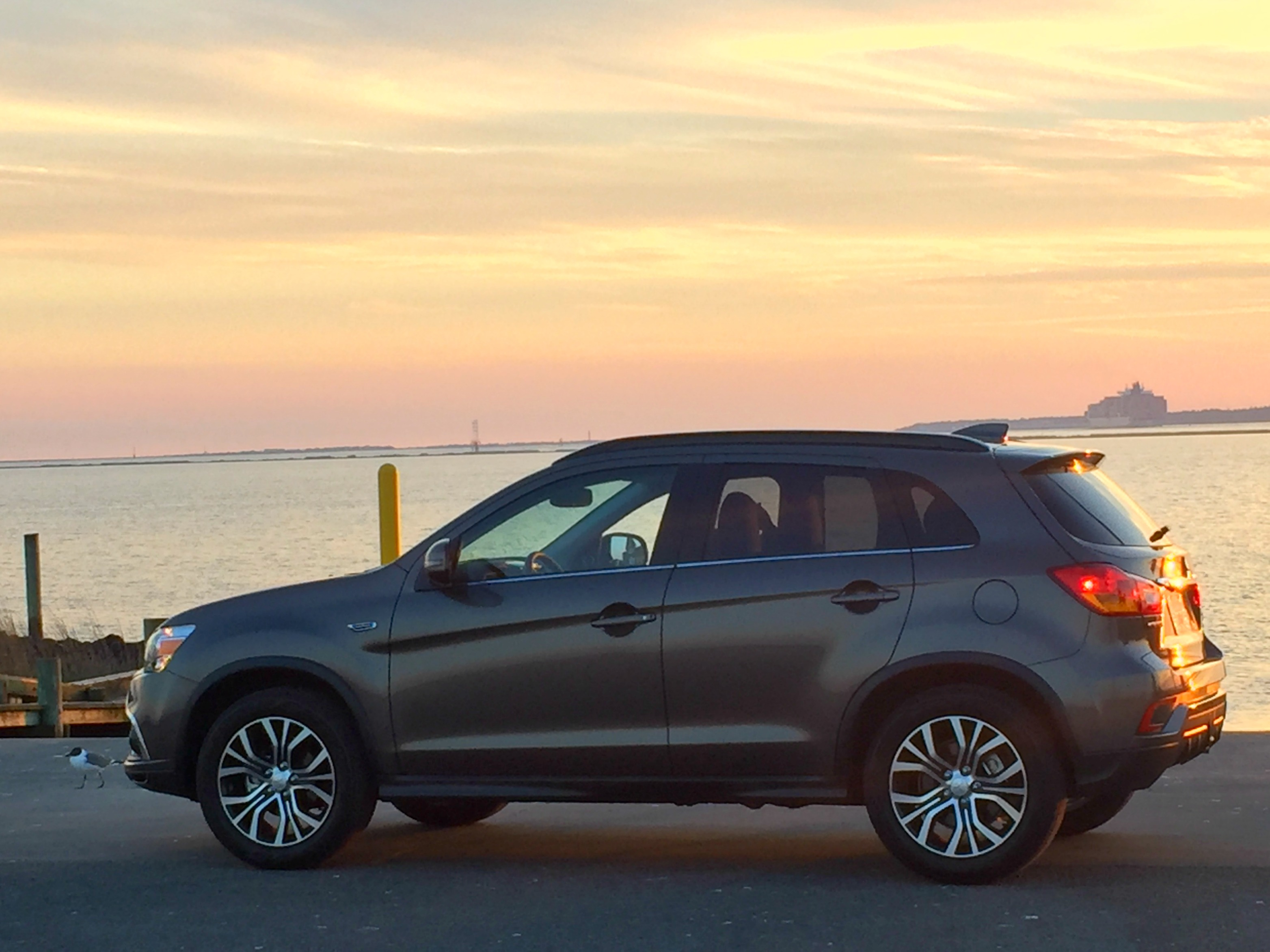 Mitsubishi Outlander Sport features