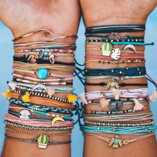 Pura Vida — 30% OFF Everything + FREE Shipping