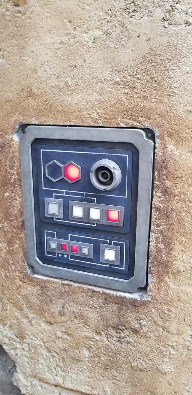 Star Wars Land datapad