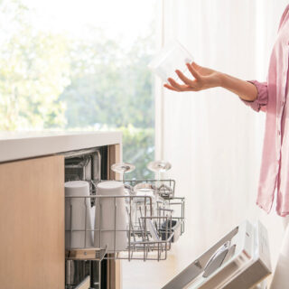 Is it Time to Replace Your Dishwasher? Check Out the Bosch AutoAir™ 500 Series Dishwasher!