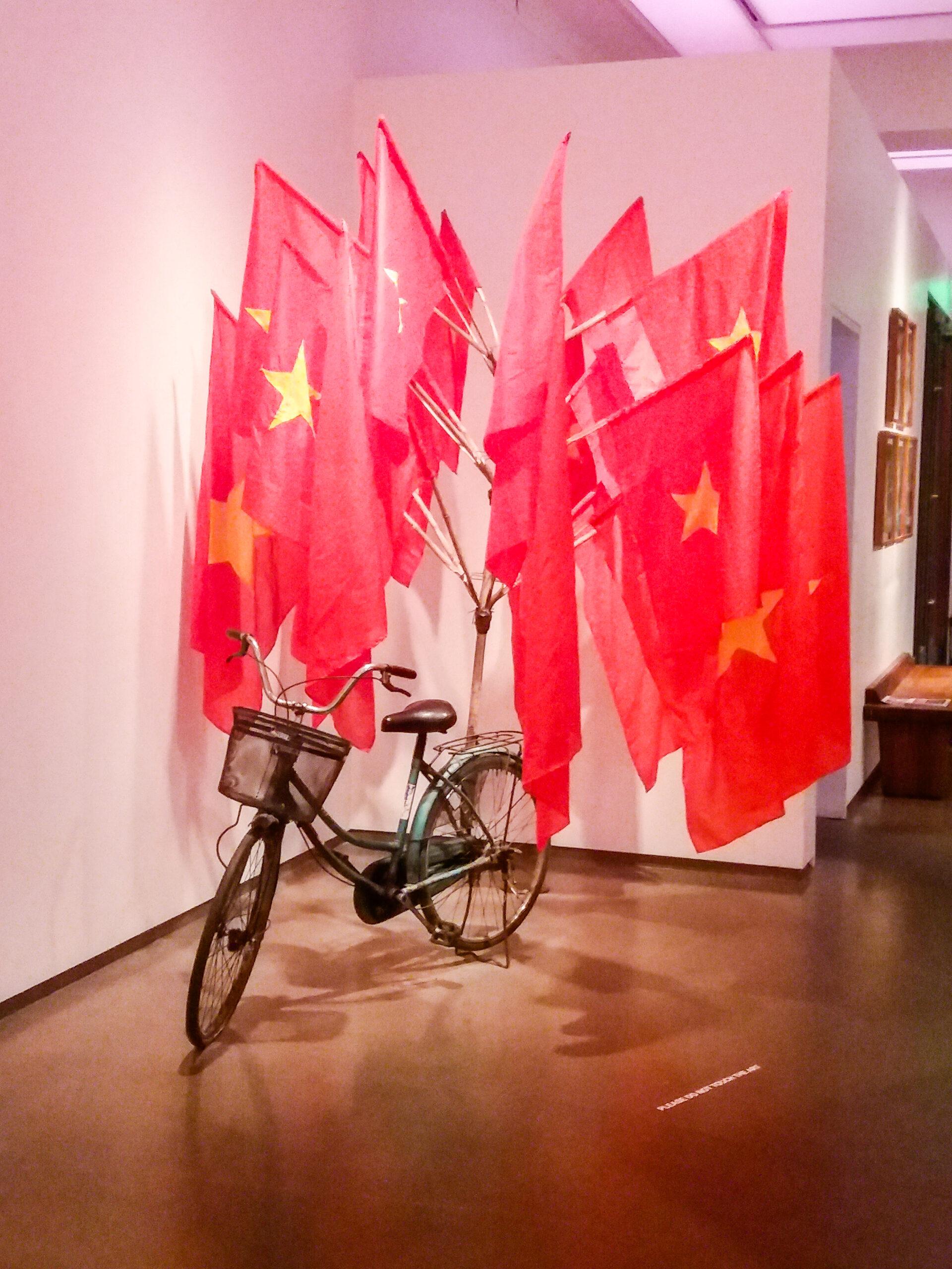 21c hotel art exhibit