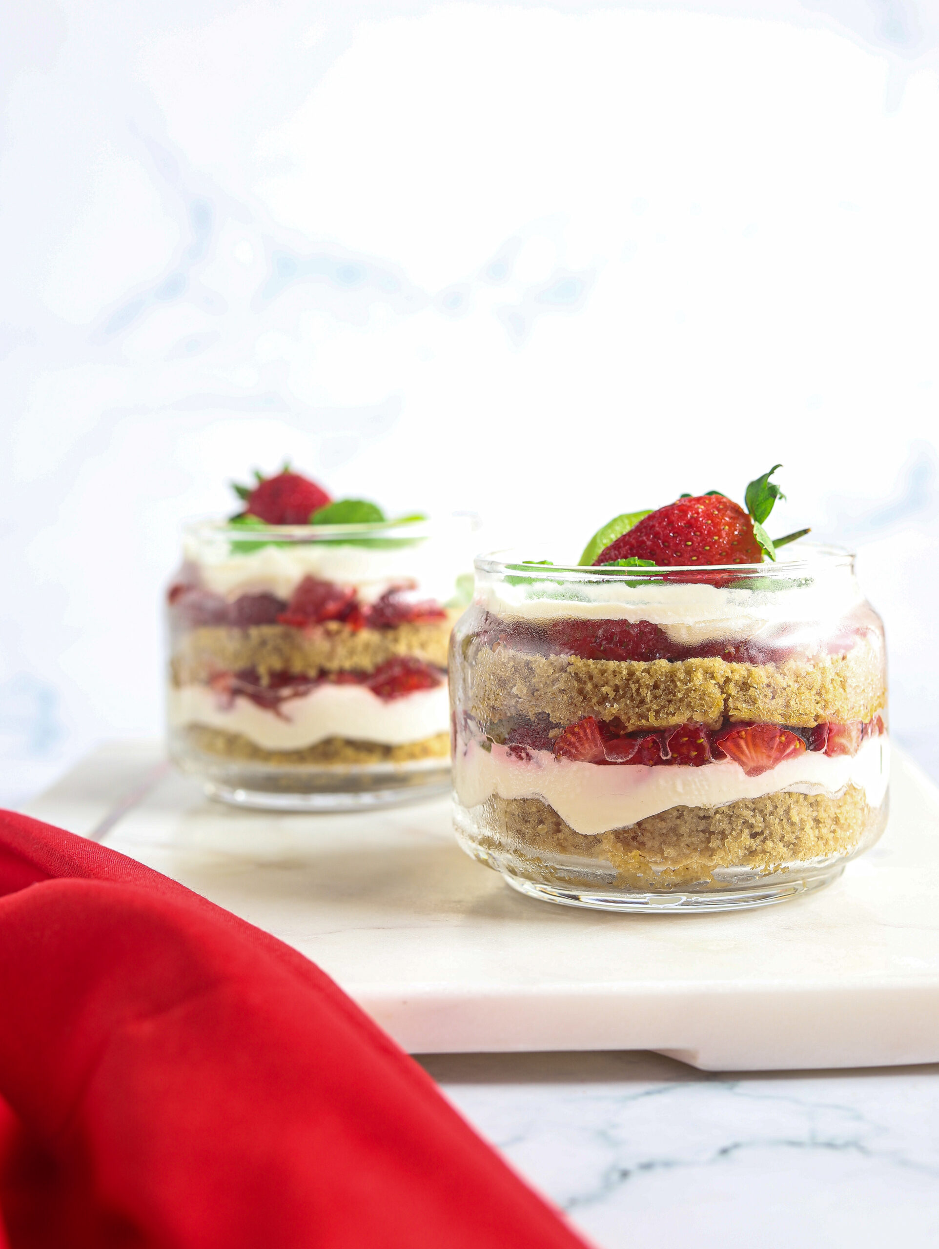 What is the Best Way to Layer a Trifle?