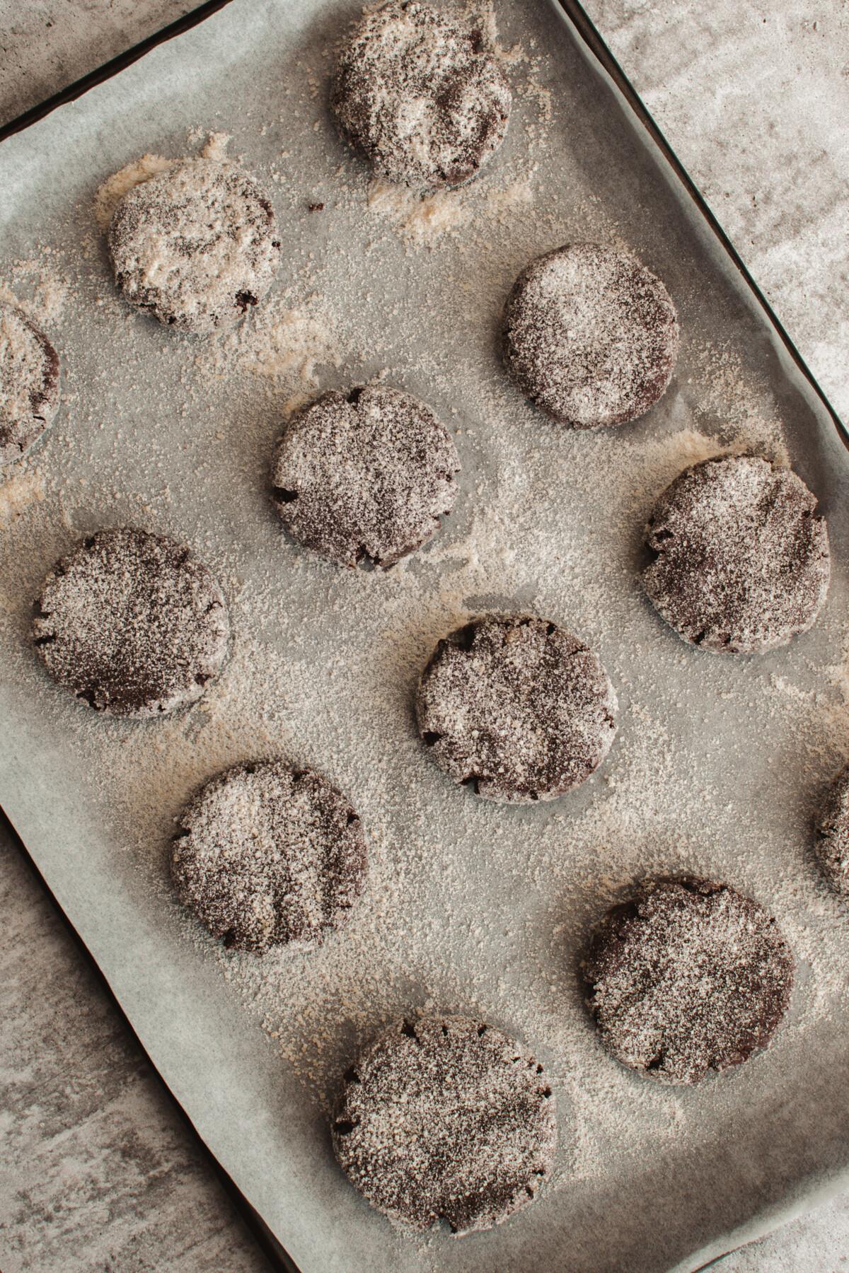 chocolate crinkle cookies vegan