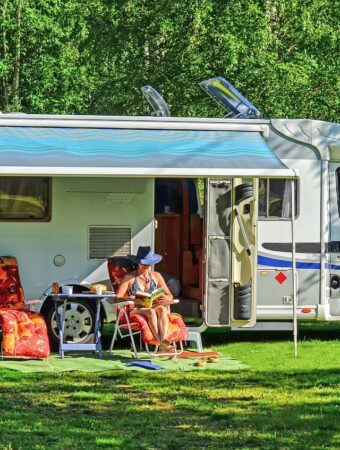 Reasons to Travel by RV