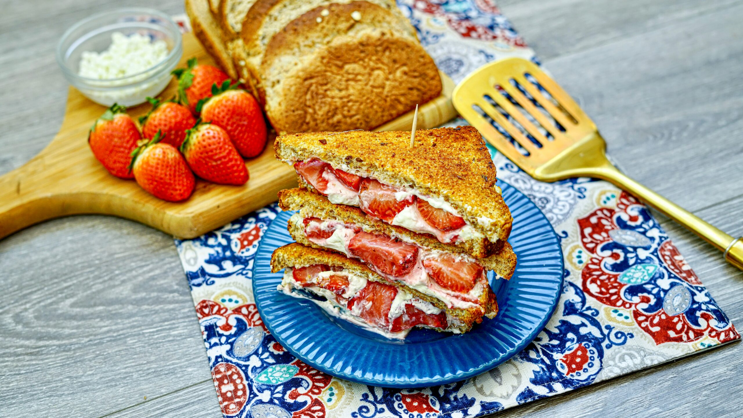 Grilled Cheese With Goat Cheese and Strawberries