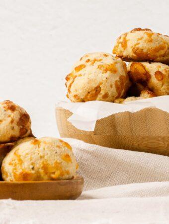keto cheese rolls